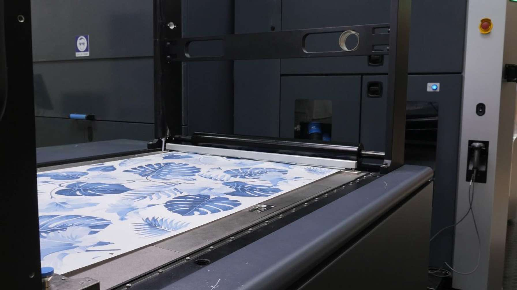 HP Indigo printer and designed canvas